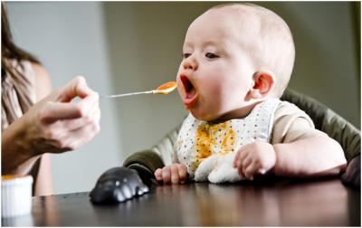Ăn dặm cho trẻ 6 tháng tuổi như thế nào là hợp lý
